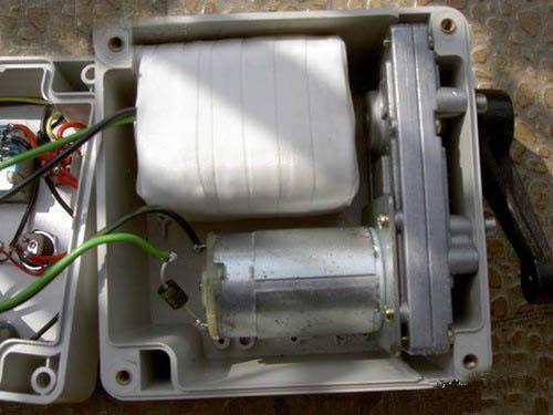 diy便携式手摇发电机的做法[附图]