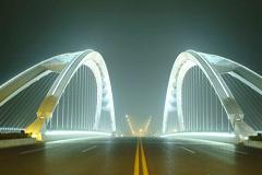 城市立交桥景观照明设计案例分析