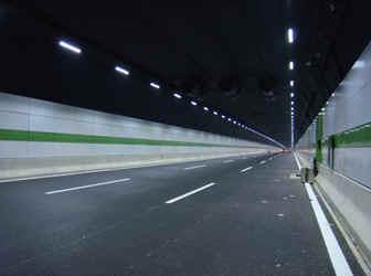 欧司朗高性能LED照亮上海长江隧道 - 水起风声 - 漫步云端,我心飞翔