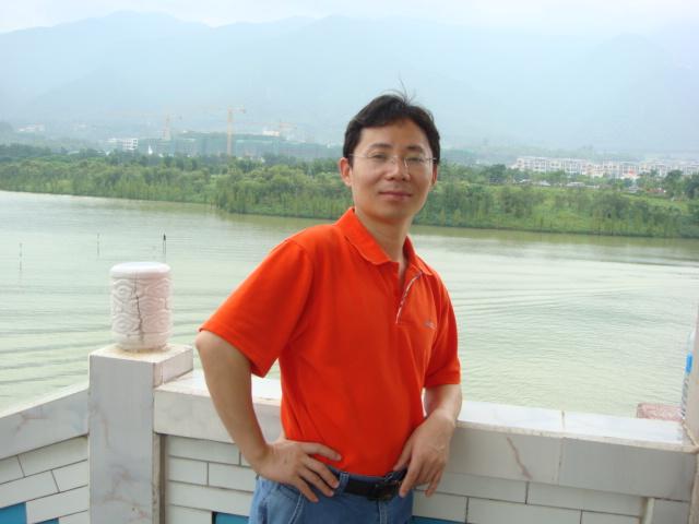 深圳市迅捷世纪科技有限公司总经理刘有林