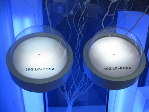 光恒展示的10G LC-TOSA,10G  LC-ROSA新品