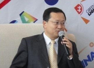 晶科电子(广州)有限公司董事总经理肖国伟