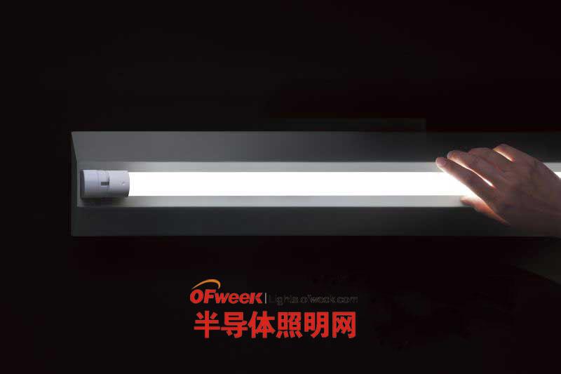 松下LED日光灯