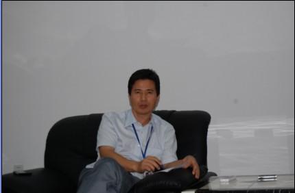 深圳瑞丰光电子股份有限公司总经理龚伟斌先生