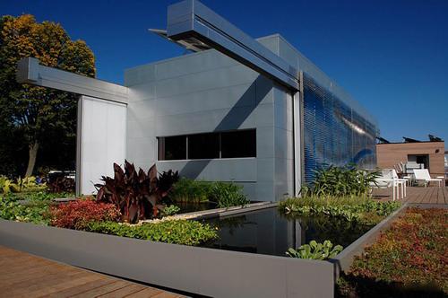美大学设计太阳能智能房屋——流明屋