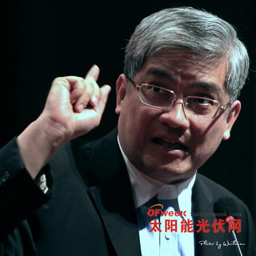 著名经济学家郎咸平