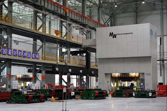 大众佛山工厂中的机器人