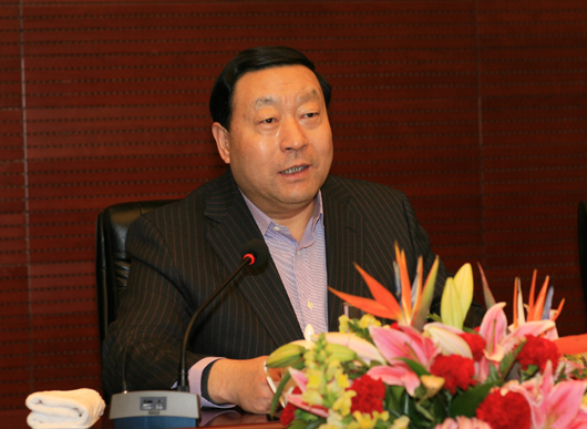 吕春泉与刘振亚的老婆_的市场竞争机制,通过市场手段实现资金与技术资源的优化配置,不断降低