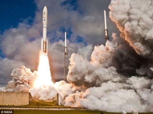 """去年11月26日,这枚火箭成功搭载""""好奇""""号升空"""