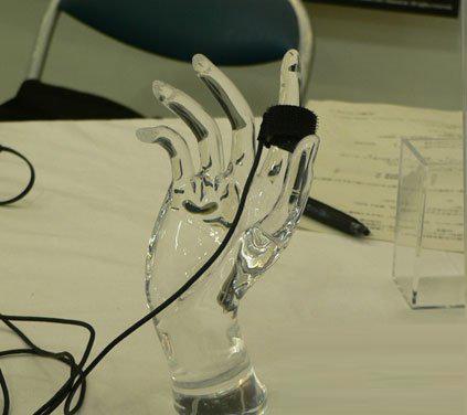 不使用压迫带即可测量血压的传感器