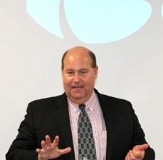 英国HALMA集团光电科技部CEO Rob Randelman博士