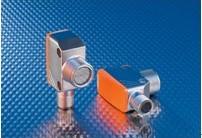 采用M18螺纹金属外壳的两线制光电传感器