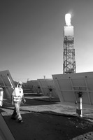 雪佛龙公司利用聚光太阳能技术助力石油开采。