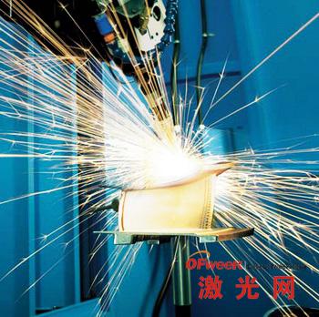 激光加工型孔技术完美解决了加工速度、灵活性及成本问题