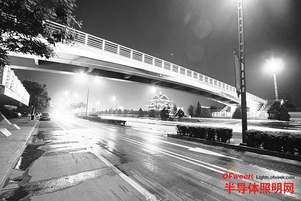 太原13座桥梁亮化全用LED节能灯