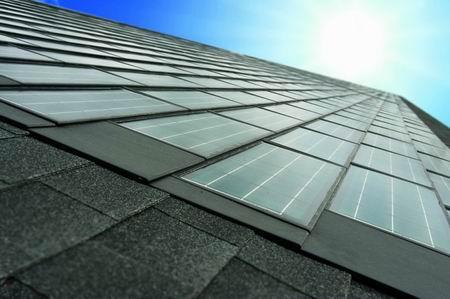 陶氏太阳能公司推出新的庞豪斯(POWERHOUSE:意思是发电房)太阳能瓦,就在加利福尼亚州(California)北部和得克萨斯州(Texas)中部。