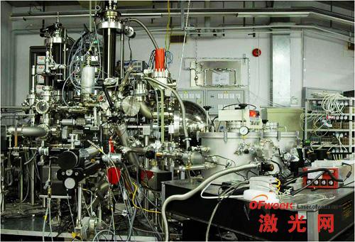深紫外激光自旋分辨角分辨光电子能谱仪