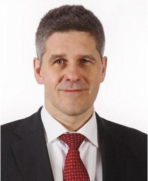 VolkerLenz  Krohne公司物位测量仪表生产经理兼VDI协会3519物位测量技术专业委员会成员