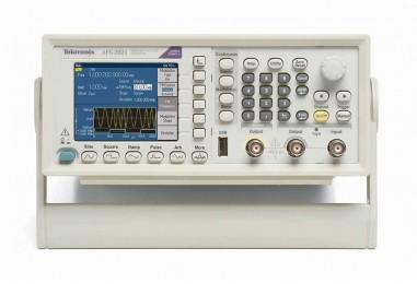 AFG2021任意波形/函数发生器