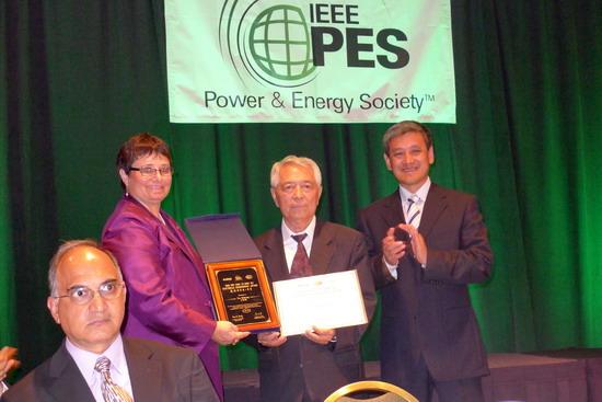 于尔铿教授荣获IEEE PES CSEE 顾毓琇电机工程奖