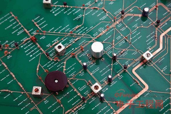 """地铁地图和收音机""""合体""""的电路板 图2"""