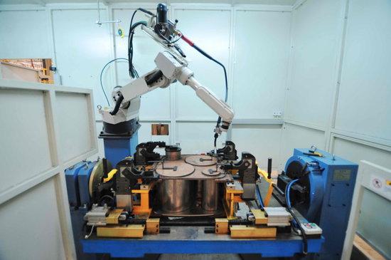 长城汽车研制自动化柔性车身焊装生产线