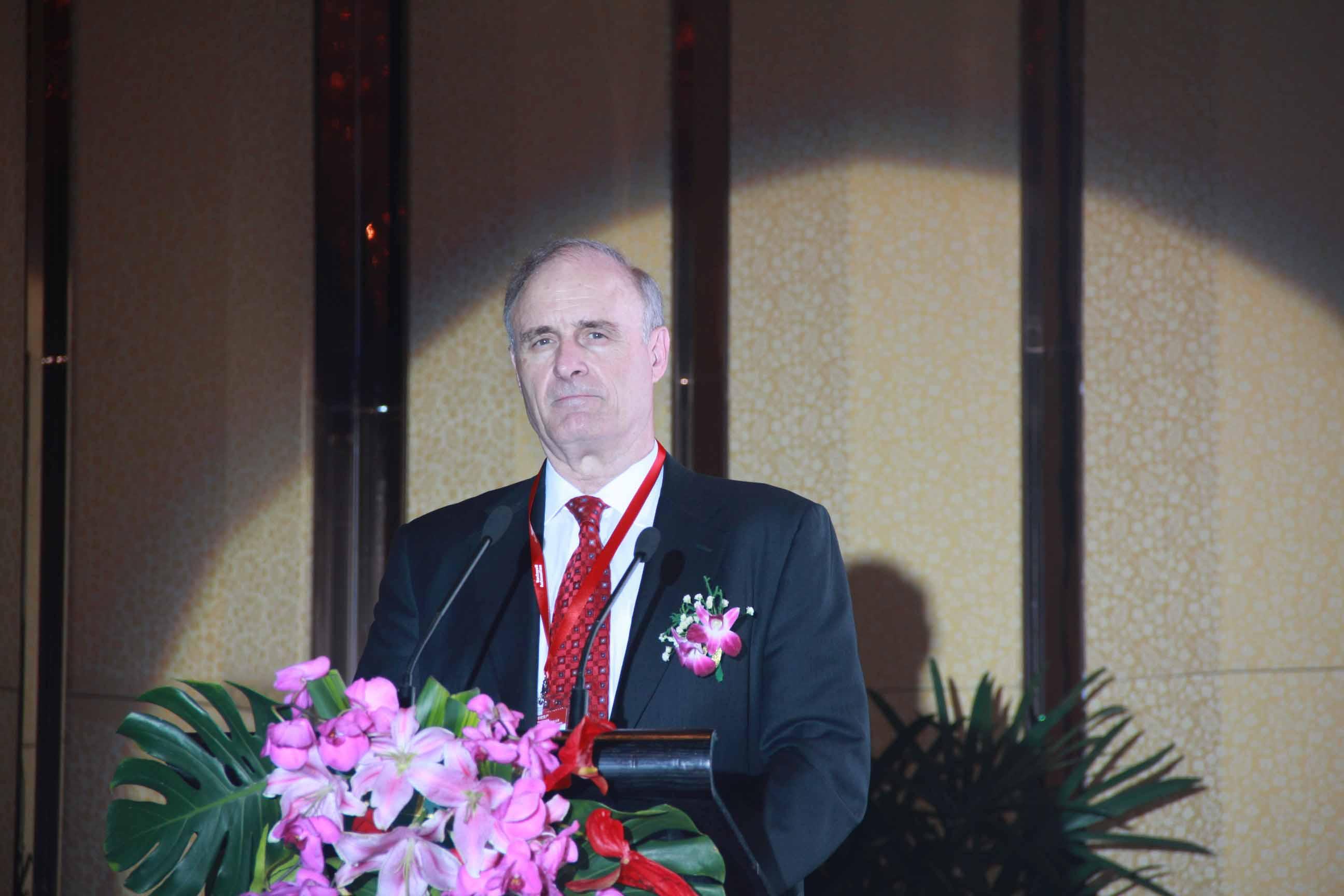 罗克韦尔自动化主席兼CEO Keith Nosbusch先生在武汉发表智能制造展望讲话
