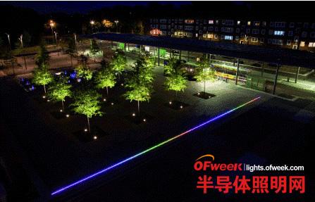 德国动态RGB LED照明点亮城镇广场