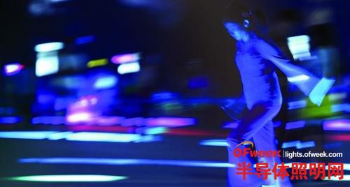 广州CBD夜美灯亮 却存过度绽放之嫌