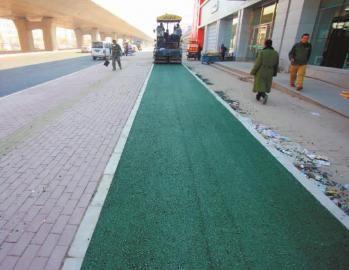 绿色的非机动车道将铺设5公里长