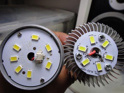 【拆解】5核LED球泡灯 六款3W LED球泡总评