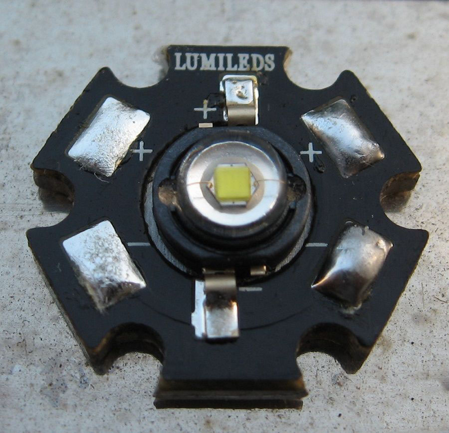 【大牌也敢拆】 拆解Lumileds 3W LED灯