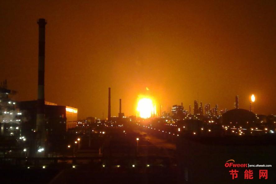 """图说石油事故:盘点近年""""三桶油""""重大事故"""