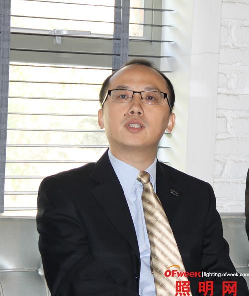 比亚迪照明的总经理陈刚先生
