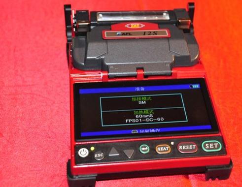 藤仓发布两款快速光纤熔接机