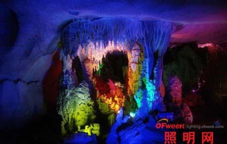 贵州夜郎洞溶洞灯光设计效果(组图)