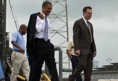 特斯拉创始人Elon Musk曾陪同奥巴马总统一起参观了卡纳维拉尔角