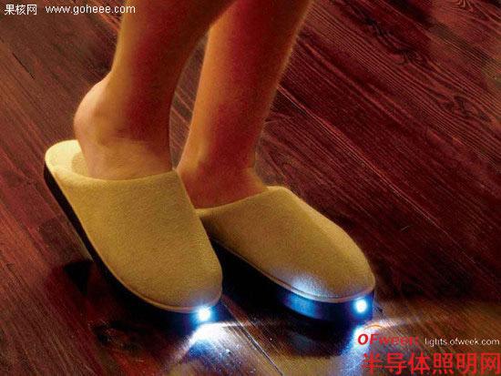 LED灯拖鞋
