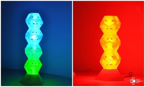 加拿大团队设计可自由组合的创意LED台灯