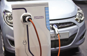 电动汽车充电桩(图)
