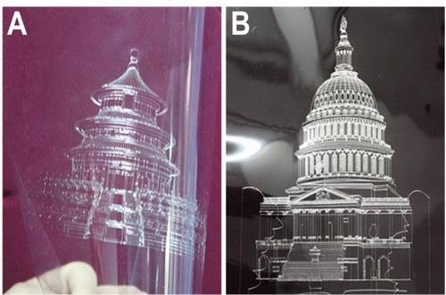 打印机打印出的电子化建筑结构图案(左:北京天坛;右:华盛顿白宫)