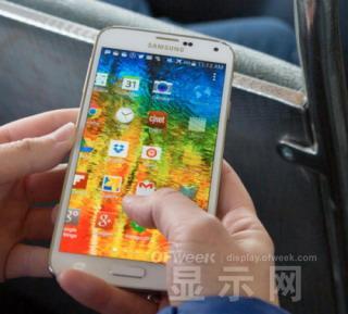 手机平板分不清 智能手机屏幕为何越来越大?