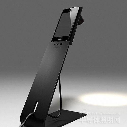 台灯也傲娇起来 iphone5s创意秒变成功
