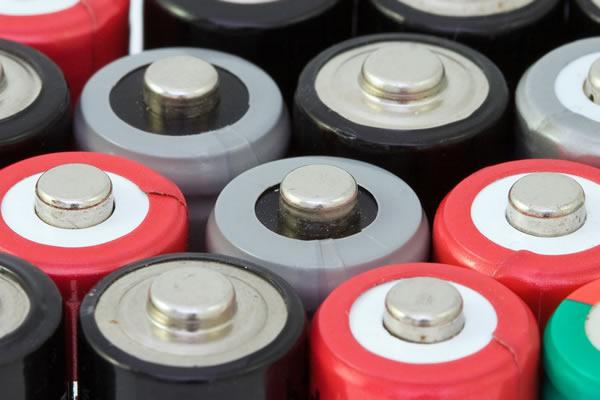 美国雅宝收购全球最大锂生产商 锂电池成锂需求主要推动力