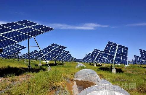甘肃:利用光伏发电进行荒漠化管理完成效益双赢