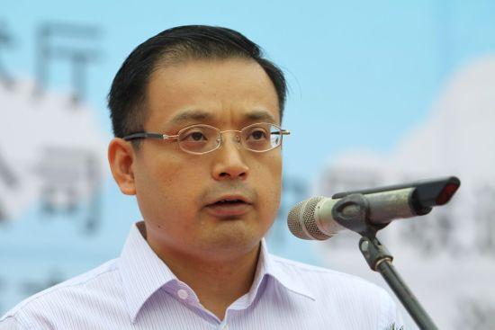 中国联通:熊昱接替李刚 成集团最年轻高层