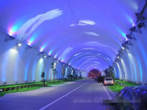 秦岭终南山公路隧道照明设计案例