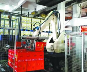 工业机器人 推动转型 工业机器人成就制造强国