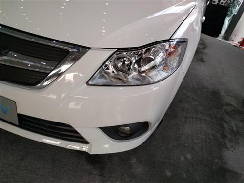比亚迪E6 腾势等四款空间充足的新能源汽车对比评测高清图片