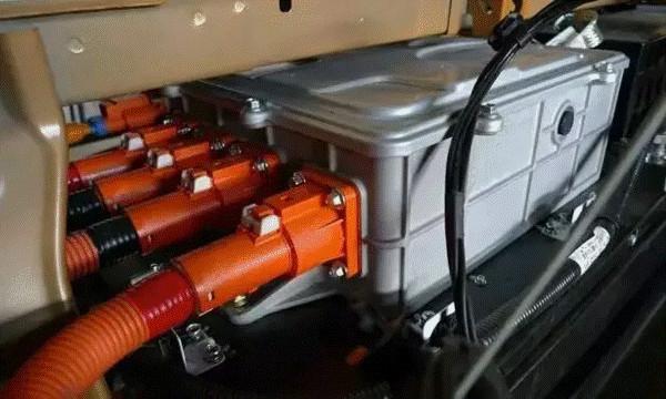 新能源车电池电量那点事:标称≠实际 特斯拉/比亚迪都一样